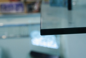 Example of flat polish edge for a glass feature.