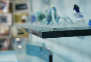 Example of bevel edge for a glass feature.