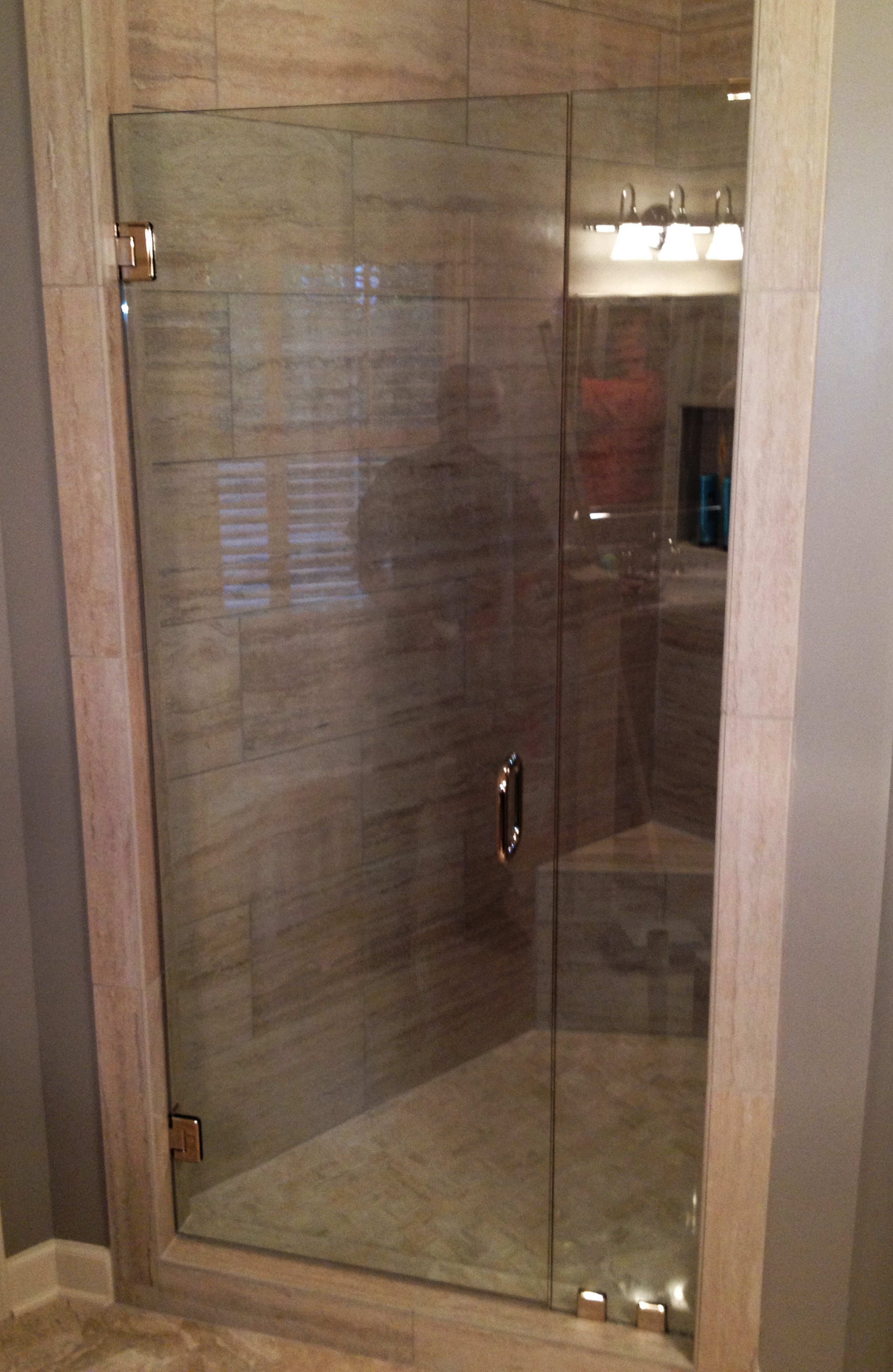 GlassGraphics_ShowerDoorBathroomGlass12