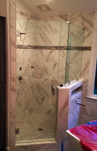 GlassGraphics_ShowerDoorBathroomGlass13