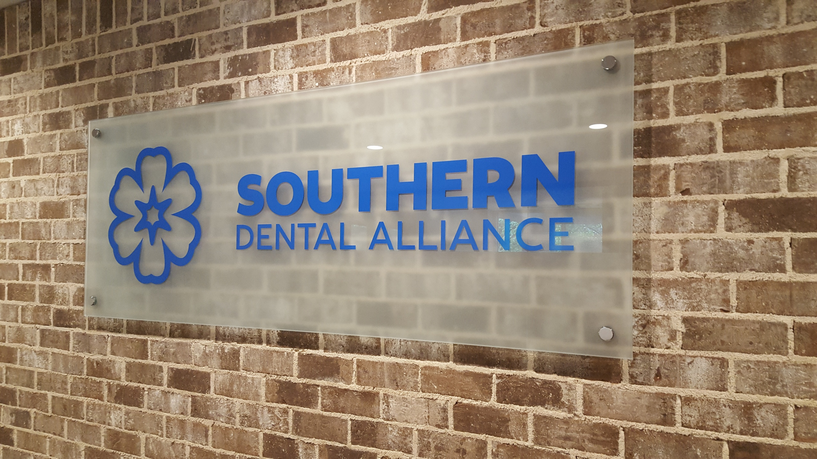 Southern Dental Alliance Filmed Glass Sign by Glass Graphics of Atlanta.